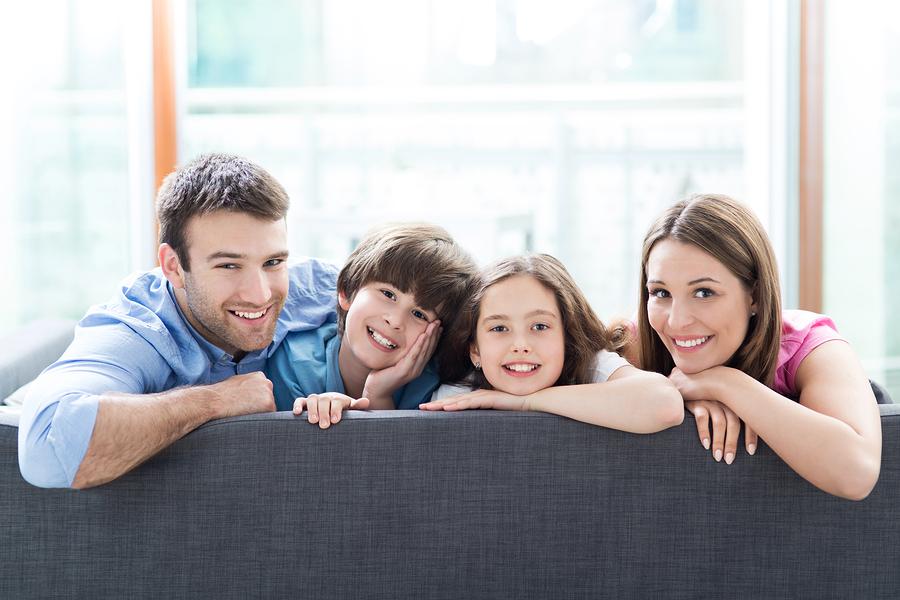アドセンスのアカウントを家族で別々に取得することは可能?